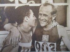 JOURNAL DU DECES DE : EMIL ZATOPEK + THEODORE MONOD - INDOCHINE - 23/11/2000 -