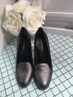 Via Spiga Gunmetal Silver Women's Fashion pumps  High Heels Dress Sandals SZ 8.5