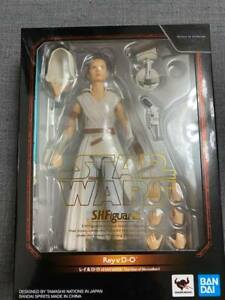 BANDAI S.H. FIGUARTS Star Wars Rey & D-O (The Rise of Skywalker) Action Figure