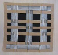 foulard carré et ligne noir-beige-blanc classe  68x68