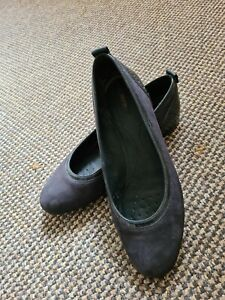 Geox Womens navy suede leather Ballet pumps Shoes Size Uk 5 used