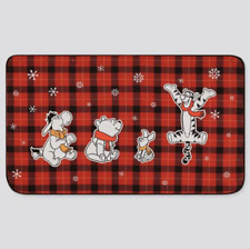 Uniqlo Disney Holiday 2019 Winnie the Pooh Fleece Blanket Throw Red 418374 NEW