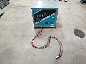 Hobart Ultra Charger 1050T3-18 Multi-Voltage 12,18,24,36 Volts 751-1050 AH