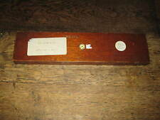 BAIRD & TATLOCK LTD EARLY 20TH C BAR MAGNETS IN A LONG MAHOGANY CASE