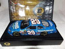 Kevin Harvick #29 Elite 1/24 2004 GM Goodwrench Ice Breakers Chevy Monte Carlo