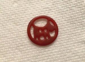 Medium Red Bakelite Scotty Dog Button #720