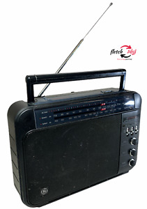 Vintage General Electric GE SUPERADIO 7-2887B AM/FM Tested