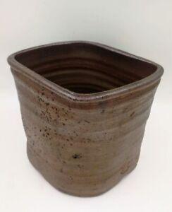 Bizen-yaki vase by Kaneshige Toyo