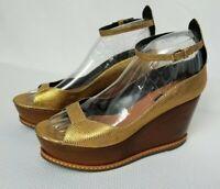 DEREK LAM $550 Designer Made Italian GOLD Platform Wooden WEDGE Heel Womens SZ 8