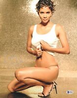 SEXY HALLE BERRY SIGNED 11X14 PHOTO AUTHENTIC AUTOGRAPH BAS BECKETT COA WOW