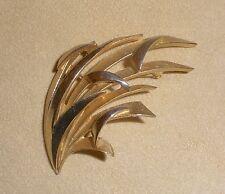 Trifari Gold Tone Blades of Grass Pin