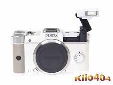 Pentax Q ✯ Nur 927 Klicks / Shots ✯ OVP ✯ TOP ✯ Systemkamera ✯ SR ✯ Video ✯