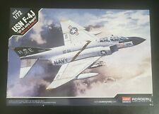 Academy 12529 F-4J VF-84 USN Jolly Rogers Airplanes 1/72 kor model airplane