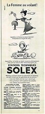 PUBLICITE ADVERTISING 084  1961   SOLEX   stations Service LA FEMME AU VOLANT