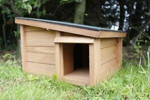 Wooden Hedgehog House Shelter Hibernation Animal Nesting Box Wildlife Habitat