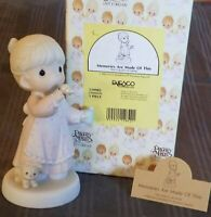 """PRECIOUS MOMENTS """"MEMORIES ARE MADE OF THIS"""" - #529982 - NEW IN BOX"""