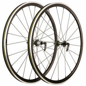 FRONT CHIPPED BORG 31 All Weather Tubeless Ready Aero Wheelset 20F 24R Shimano