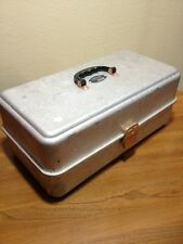 Vintage Umco Model 205A Tackle Box
