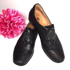 THINK! Womens 37 US 6 Slip On Loafer Black Leather COMFORT Shoes Slip-ons EUC