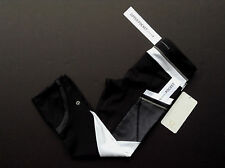 NWT Lululemon RUN: INSPIRE CROP II *RFLV Black & White REFLECTIVE (Size 04)