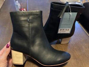 NWT Toms Evie Black leather Women's Booties Boots Sz 7 NWT $159