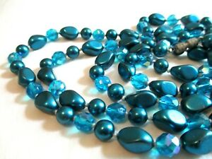 Vintage Peacock Blue Faux Pearl Crystal Beads Knotted Flapper Length Necklace