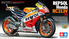 Tamiya 14130 1/12 Model Kit Repsol Honda RC213V '14 MotoGP Champion Marc Marquez