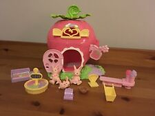 Early Learning Centre Woodland Wonders Strawberry Market / Shop Playset