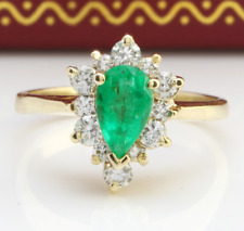 1.85 Carat Natural Colombian Emerald and Diamonds in 14K Yellow Gold Women Ring