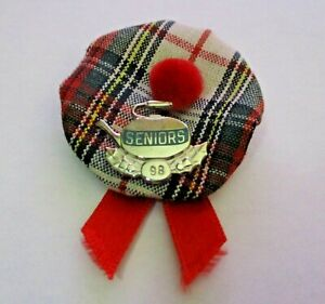 VINTAGE 1998 SENIORS CURLING HAT PIN SPORTS CURLING PIN ~ VERY C@@L ~