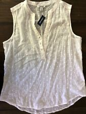 BNWT! Old Navy white tank top. Size L.