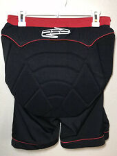 RED Total Impact Base Layer Protective Hip Shorts Mens L Snowboard Ski Outdoor