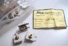 ARCO L307 350-1180 pF Variable Capacitor w/ 1/8 in. shaft 3 ea. NOS, chipped