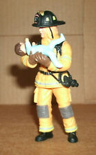 1/18 Scale Fireman Figure With Baby FireFighter Diorama Accessory - Papo 70009