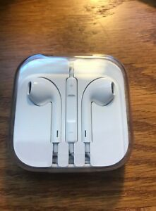 Apple Earbuds Headphones Wired AUX input 3.5mm Jack NOS