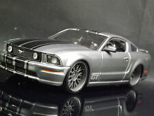 Maisto Prorodz 1:24 Ford Shelby Mustang GT American Muscle Car Gris