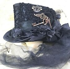 SDL Keyholes & Ornaments Key Hat With Net Black Train &Bows In 58,58,60cm