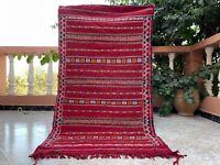 "Vintage Moroccan handmade wool Rug 2'6""x 4'8"" Berber Zemour kilim Red Carpet"