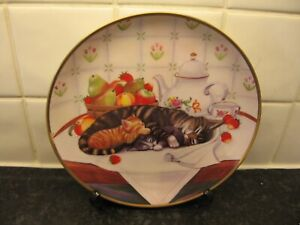 CAT    PLATE  - CAT NAP   -  FRANKLIN   MINT