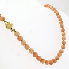 Korallen Collier mit schöner 750/18k Gelbgoldschliesse