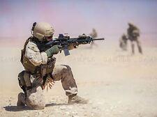Guerra Ejercito Soldado Pistola Rifle desierto marino Lucha Cartel impresión bb3385a