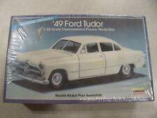 LINDBERG / '49 FORD TUDOR / Plastic Model Kit 1:32 Scale