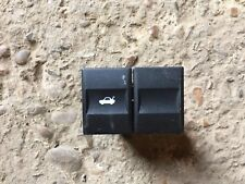 FORD MONDEO MK3 BOOT TAIL GATE TAILGATE RELEASE SWITCH 1S7T-19B514-AA