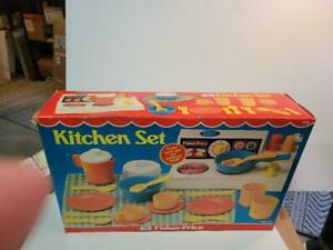 VINTAGE 1970s Fisher Price Stove Fun With Food Kitchen Set  #919