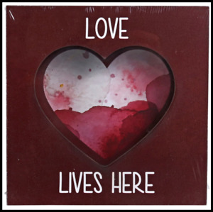 Love Lives Here Heart Décor Tabletop Plaque w/ Silhouette Cutout FREE SHIPPING