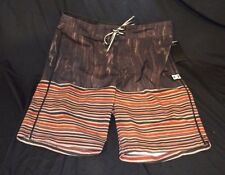 DC Shoes Mens Swimwear Swimsuit Shorts Trunks Striped Size: 30 NWT