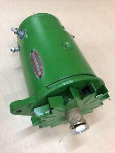 1103026 Generator TY1447 John Deere 24 V.