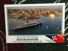 """7"""" x 5"""" POSTCARD - AUCKLAND NEW ZEALAND - 1990 COMMONWEALTH GAMES - QE2 CRUISE"""
