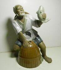 LARGE FISHERMAN CHINESE MUDMAN MUDMEN GLAZED FIGURINE - Excellent!