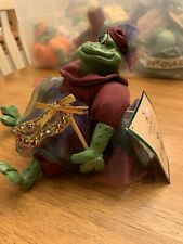 Russ Berrie Country Folk Stuffed Frog Violetta Shelf Sitter
